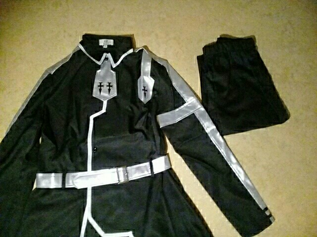 Kirito is beautiful We love super Kirito very much i recommend to buy every SAO fan from this seller it has been very fast ♡