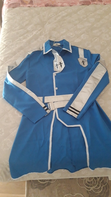Beautiful cosplay, good fabric, delivered after a week.