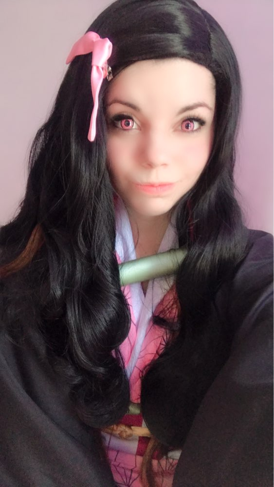 The wig is beautiful! Shipping was super fast and arrived in perfect condition, i love it! Thank you very much!
