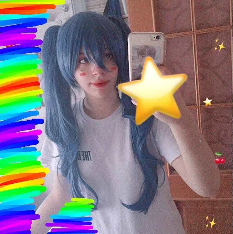 This wig is amazing! If you're going to cosplay saiko then I recommend you to buy the wig from this seller. It took less than two weeks to arrive, the length is perfect (as well as the color) and the quality is really good. I'm extremely satisfied with th