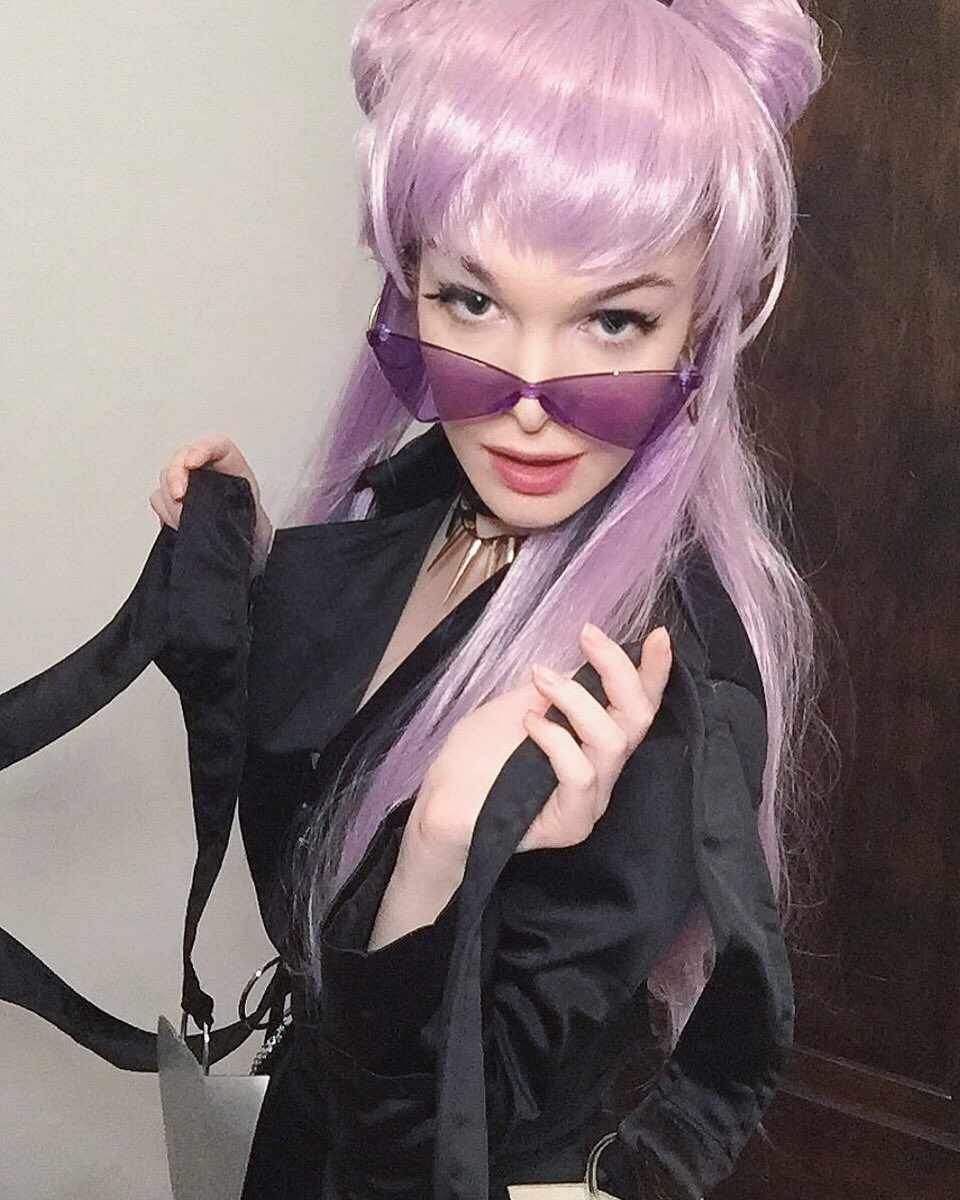 Perfect! Great cosplay for Eve